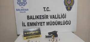 Balıkesir'de 11 aranan şahıs gözaltına alındı
