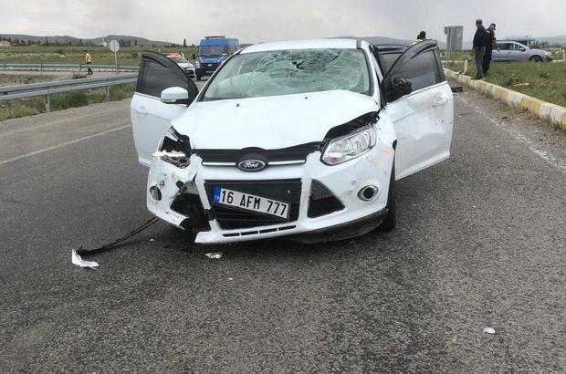 Yine aynı kavşak yine benzer bir kaza Sivas'ın Şarkışla ilçesinde meydana gelen trafik kazasında motosiklet sürücüsü ağır yaralandı