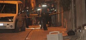 Şanlıurfa'da sivil araçtaki polislere silahlı saldırı Saldırıda 2 polis yaralandı
