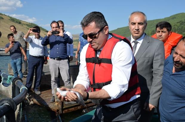 Denizi olmayan Erzurum'dan balık üretimi Yıllık 2 bin 100 ton üzerinde alabalık üretimi yapılıyor, tesislerin devreye girmesi ile üretim 7 bin tona çıkacak