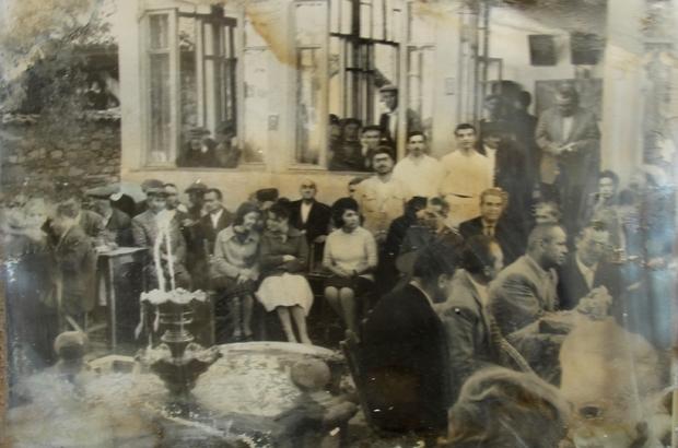 Şirinköy Kahvehanesi eski günlerine dönecek Tarihi yapıya siyah/beyaz fotoğrafla yolculuk
