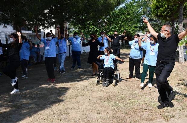 Söke'de engelli öğrenciler 4006 Bilim Fuarı sergisi açtı