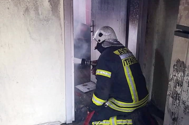 Söke'deki yangında ev kül oldu
