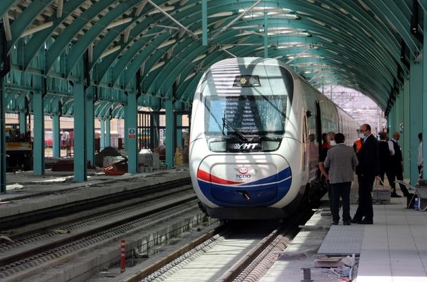 Yüksek Hızlı Tren Sivas'ta 4 Eylül tarihinde hizmete açılması planlanan Ankara-Sivas Yüksek Hızlı Tren hattının Kırıkkale-Sivas arasında test sürüşleri devam ediyor