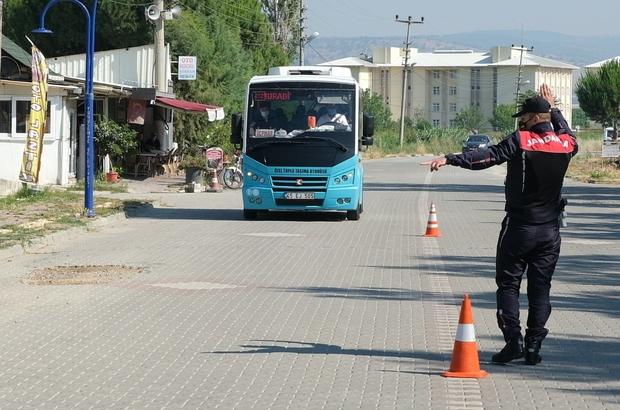 Yunusemre Jandarma'dan dolmuşlarda sivil denetim