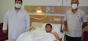 Parçalanan el, Şanlıurfa'da ameliyatla dikildi Pompalı tüfekle eli parçalanan hasta sağlığına kavuştu Kesilecek denilen el, Şanlıurfa'da ameliyatla kurtarıldı