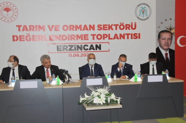 Tarım ve Orman Bakan Yardımcısı Tunç, Erzincan'da tarım sektörü temsilcileriyle buluştu