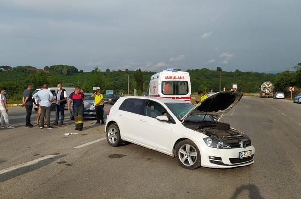 İki otomobil çarpıştı: 3 yaralı
