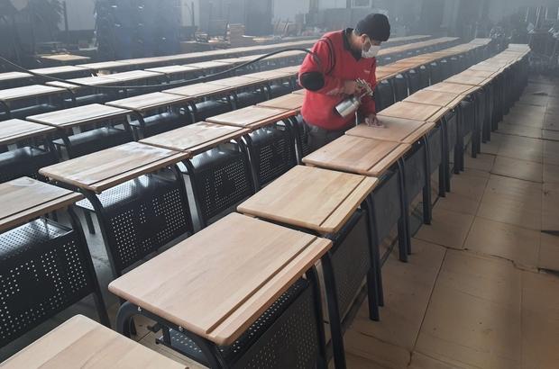 Milas'taki okulun ürettiği sıralar Türkiye'nin her yerine dağılıyor