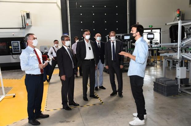 Model fabrika, imalat sektörüne ve KOBİ'lere kazanç sağlıyor GAP Bölge Kalkınma İdaresi Başkanlığından model fabrika'ya ziyaret