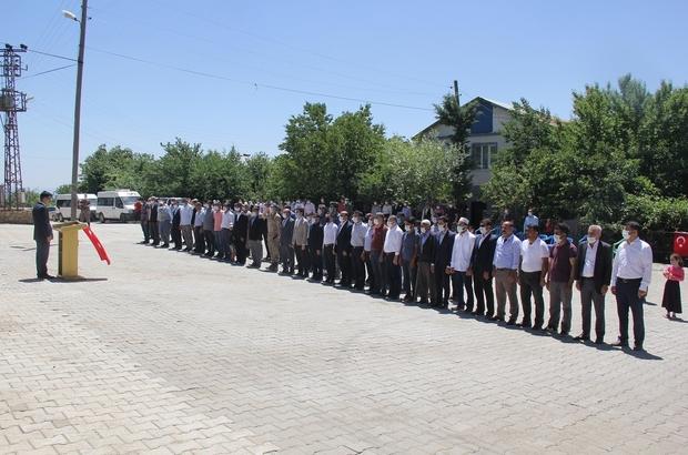 Kulp'ta şehit güvenlik korucuları için anma programı düzenlendi