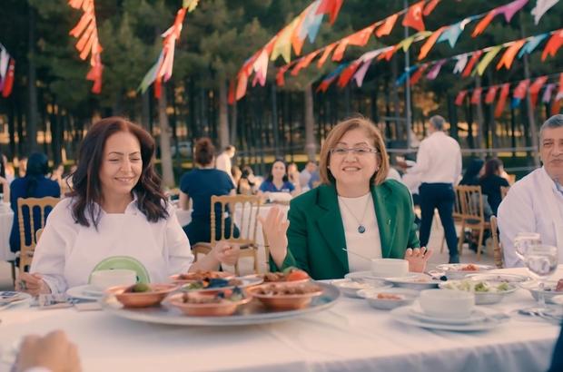 """Pandemi sonrası Gaziantep mutfağı ile ağızların tadı geri gelecek Şahin: """"Gaziantep'teki tüm restoran ve lokantalarımızdaki çalışanları pandemi sonrasına hazırladık"""""""