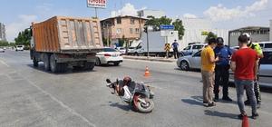 Kamyonun metrelerce sürüklediği elektrikli bisiklet sürücünü feci şekilde can verdi