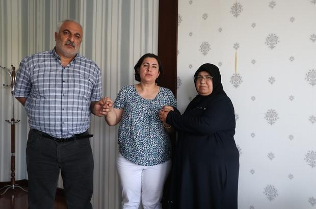 """Almanya'da tek başına evlat nöbetinde olan Maide Aktaş'dan Gara şehidinin ailesine ziyaret Gara şehitlerinden Müslüm Altıntaş'ın annesi Songül Altıntaş: """"Onlar sözde Kürt halkını savunuyoruz diyorlar, ancak asla Kürt halkını savunmuyor. Ben Kürdüm benim tek düşmanım PKK'dır."""""""