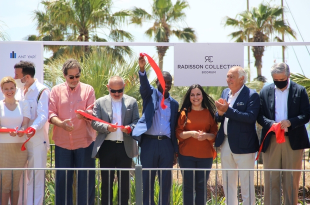 Radisson Collection otelinin açılışı yapıldı