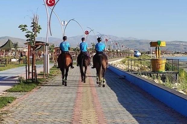 Tuşba'nın sahilleri atlı birliklere emanet