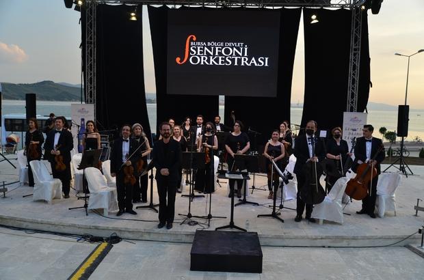 Amfi tiyatroda klasik müzik akşamı