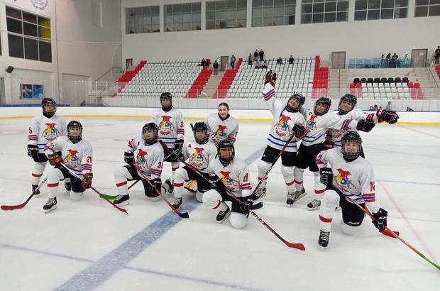 Spor A.Ş buz hokeyinde son hafta farklı kazandı