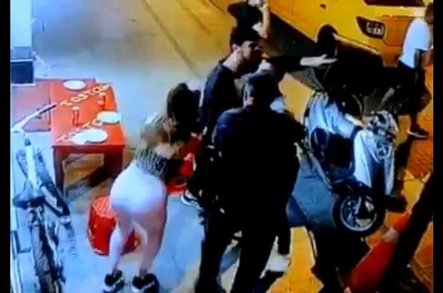 Cinayetle sonlanan yan bakma kavgası kamerada 19 yaşındaki gencin ölümüyle sonuçlanan olayın zanlısı saklandığı evde yakalandı
