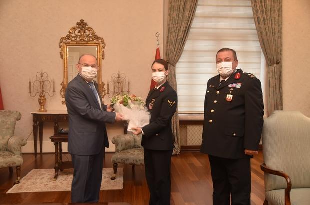 Jandarma Teşkilatı 182 yaşında Manisa İl Jandarma Komutanı Tuğgeneral Selçuk Yıldırım Vali Karadeniz'i ziyaret etti