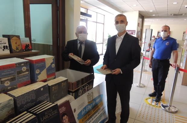 Tutuklu ve hükümlülere kitaplar gönderildi 681 kitap Cumhuriyet başsavcıya teslim edildi