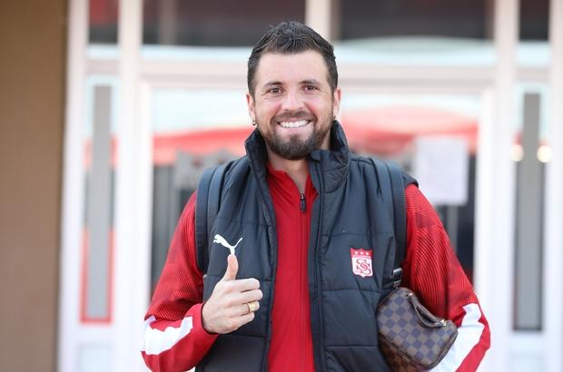 Sivasspor'da Claudemir takımda kalacak!