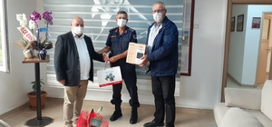 İzmit Belediyesi'nden Jandarma'ya kutlama
