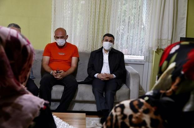 Vali Atay, vefat eden Kıbrıs Gazisinin ailesini başsağlığı