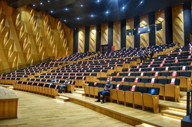 Denizlispor yeni başkanını seçiyor Denizlispor'da çoğunluk aranmadan olağan seçimli genel kurul toplantısı