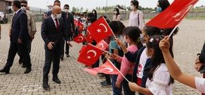 Ağrı Valisi Varol'dan Taşlıçay Selahaddin Eyyubi İlk/Ortaokuluna ziyaret