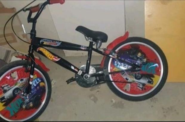 Çalıntı bisikleti internet üzerinden satmaya çalışırken yakalandı