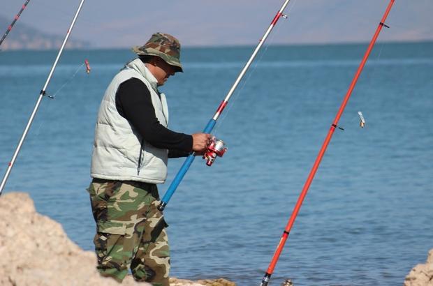 İç sularda getirilen balık avı yasağına olta balıkçılarından itiraz