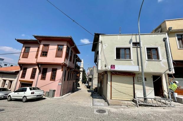 Tepebağ'ın çehresi değişiyor Adana'da Seyhan Belediyesi'nin, tarihi Tepebağ'da sürdürdüğü sokak sağlıklaştırma çalışmasında sona yaklaşılıyor 2.etap çalışmalarında 700 yıllık Musabalı Konağı, Bekir Sapmaz Öğrenci Yurdu, Tarihi Yeşil Cami, tescilli yapılar ve iş yerlerinin bulunduğu sokak üzerindeki, tüm yapıların dış cepheleri yenileniyor