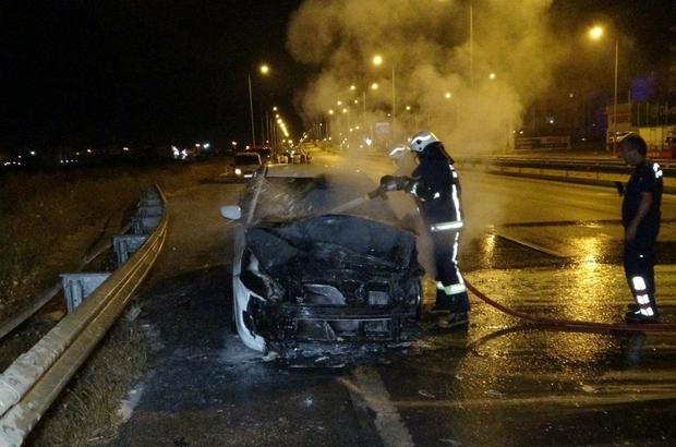 """Alkollü sürücünün patlak lastikle kullandığı otomobil alev alev yandı Alkollü sürücü: """"Bir kadeh içtim alkollü değilim, olaya anlam veremedim"""""""