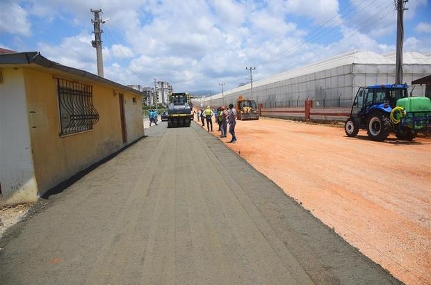 Alanya'da yollarda yeni beton yol uygulaması