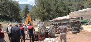 Traktörün altında kaldı Menteşe'nin Yeşilyurt Mahallesinde yaklaşık saman yüklü traktörün devrilmesi sonucu altında kalan vatandaş İtfaiye ekiplerinin müdahalesi ile kurtarılarak 112 ekiplerine teslim edildi.
