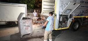 Buca'nın konteynerlerinde gece-gündüz temizlik