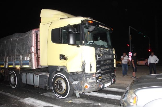 Tır kamyoneti sürükledi: 3 yaralı Kavşakta kontrolsüz geçiş faciayla sonuçlanıyordu