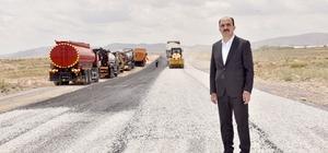 Başkan Altay mahalle yollarında sathi kaplama çalışmalarını başlattı
