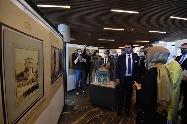 """Fetih Müzesi'nde tarih kokan sergi """"Çelebi Mehmed Dönemi İmâretleri ve Yeşil Fotoğraf Sergisi"""" açıldı Osmangazi'den Sultan Çelebi Mehmed'e vefa"""