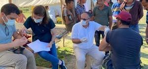 """Yeşilhisar'da mevsimlik tarım işçileri aşılandı Başhekim Çöl: """"Covid-19'u ancak aşı olarak yenebiliriz"""""""