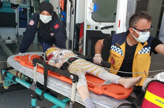 Samsun'da 3. kattan düşen çocuk ağır yaralandı