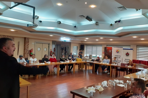Düzce'de turizm hizmet içi eğitim seminerleri yapıldı