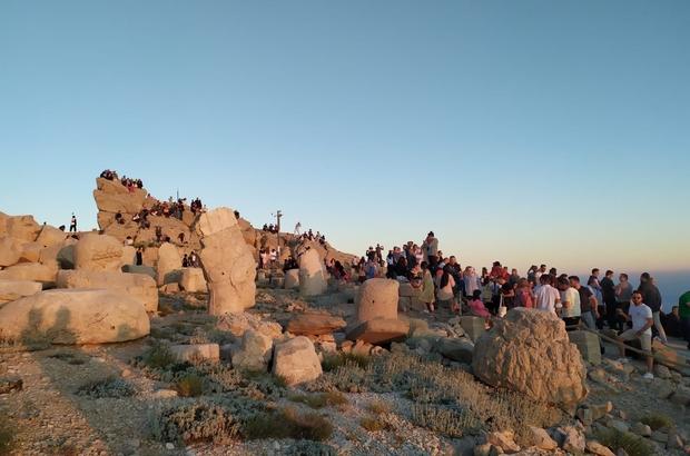 Nemrut Dağı'na ziyaretçi akını
