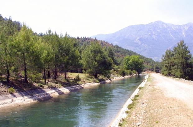 Muğla'da sulama sezonu başladı DSİ Genel Müdürü Kaya Yıldız, Muğla'da sulama sezonunun 21 Haziran tarihi itibari ile başladığın belirtirken, toplam 145 Bin dekar tarım arazisinde sulama yapılacağını açıkladı.