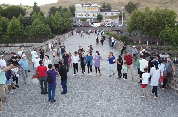 Kültür sanat muhabirleri Diyarbakır'da buluştu