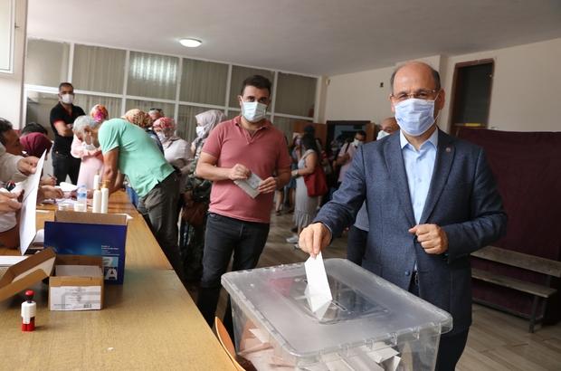 """İlksan seçimlerinde """"değişim"""" adayları kazandı Mehmet Sezer: """"Adana'da seçilen 24 temsilciden 13'ü Eğitim-Bir-Sen üyesi"""""""