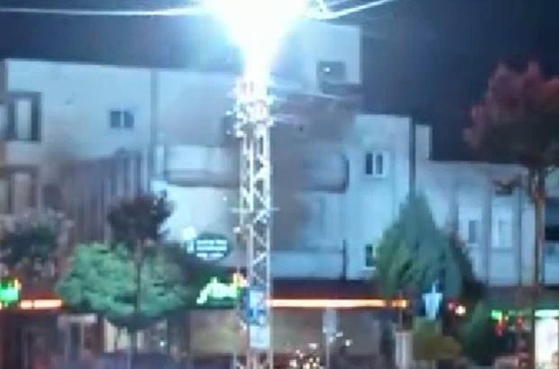 Elektrik trafosu bomba gibi patladı Trafonun patlama anı kameralara yansıdı