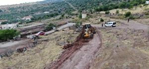 Bostanlar'da yol açma çalışmaları devam ediyor