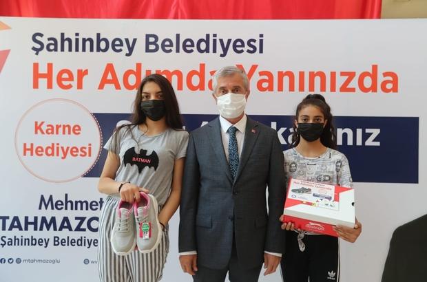 Şahinbey'den öğrencilere karne hediyesi